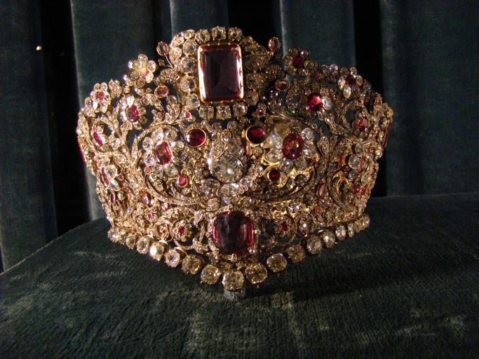 ruby-tiara